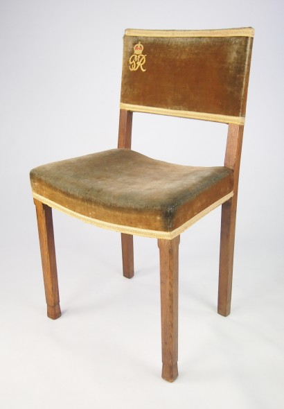 George VI Coronation Chair & George VI Coronation Chair from West Minster Abbey - -