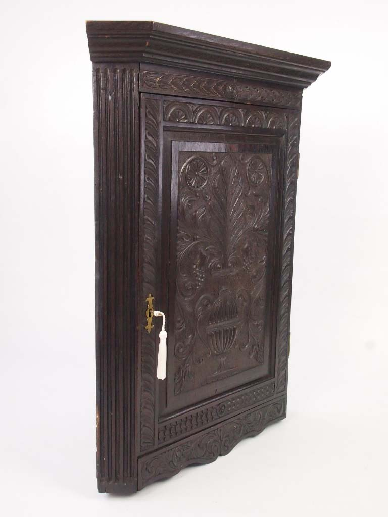 Georgian Oak Corner Cupboard With Later Carving