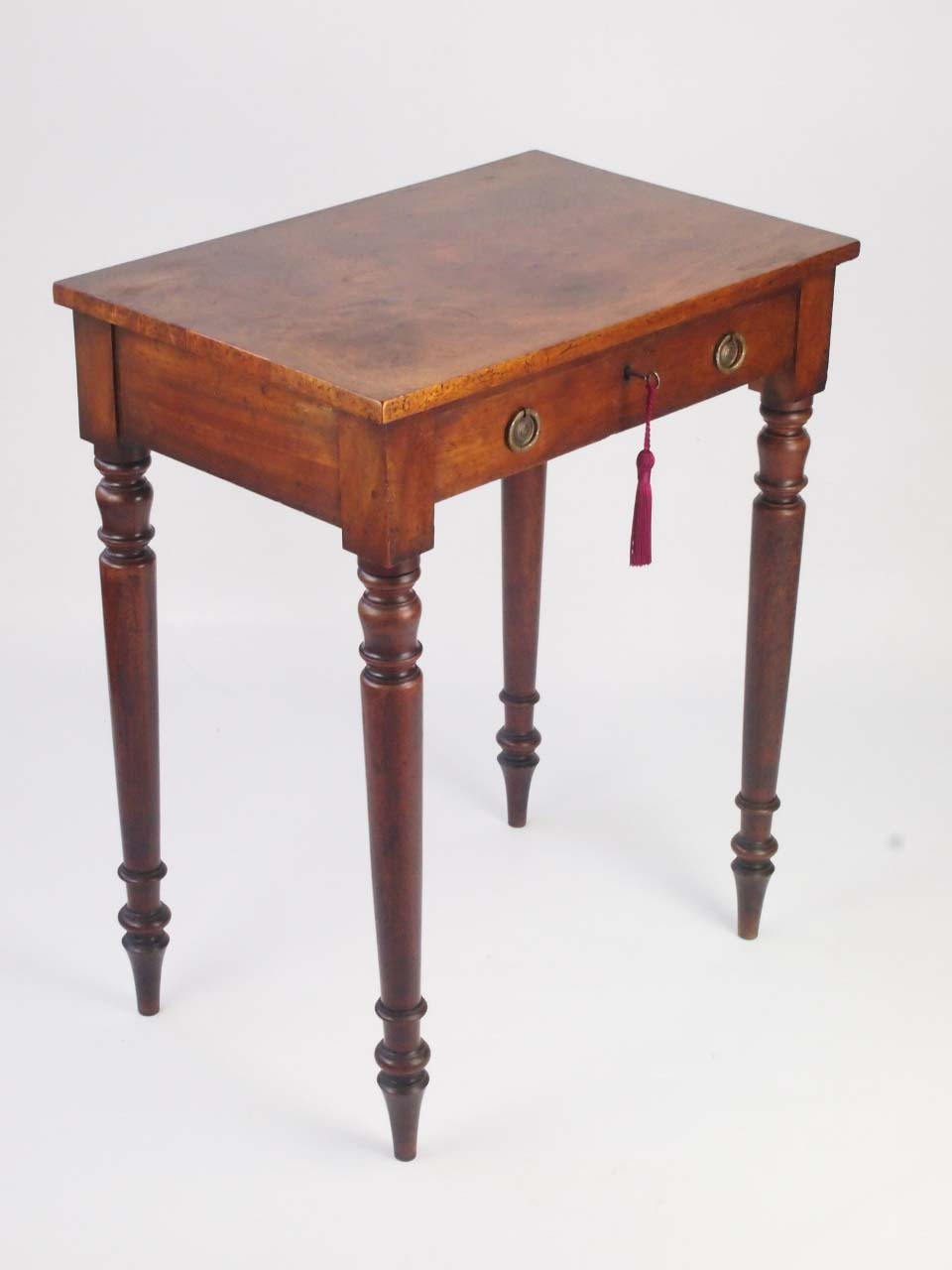 Small antique victorian writing desk for sale antique for Short table legs