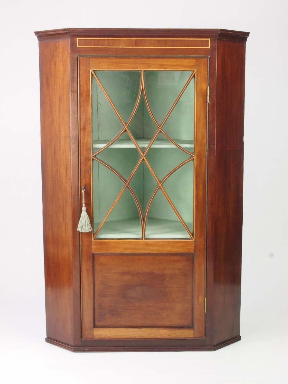 Antique Georgian Mahogany Corner Cabinet Cupboard For Sale
