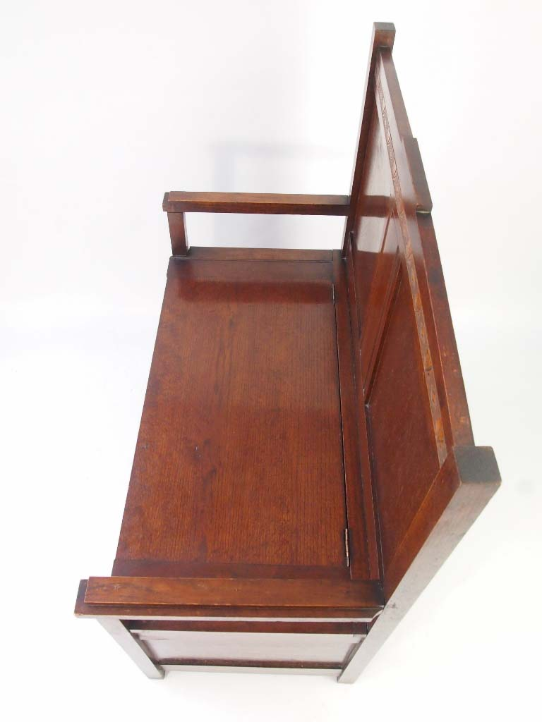 Small Art Deco Oak Box Settle For Sale