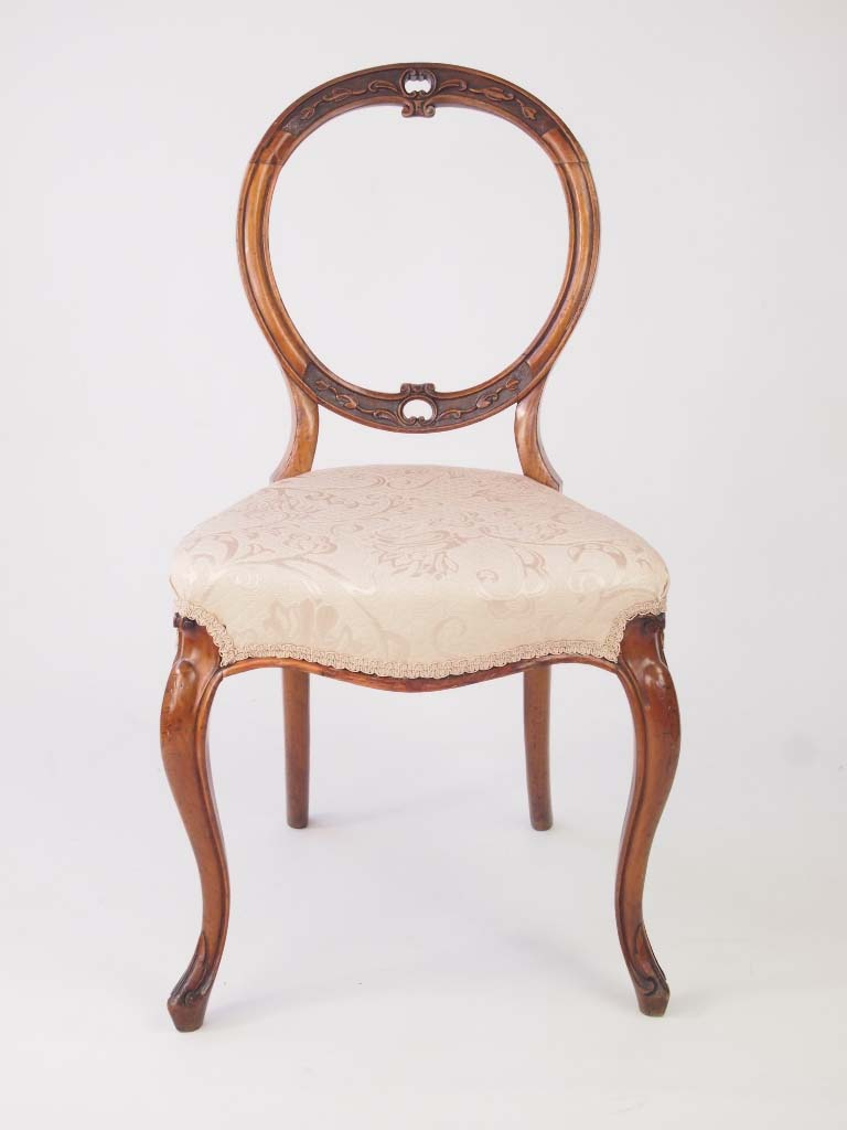 Set 4 Victorian Walnut Balloon Back Chairs For Sale