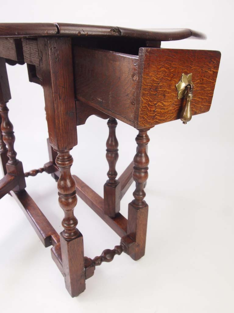 Small Antique Early 18th Century Oak Gate Table For Sale
