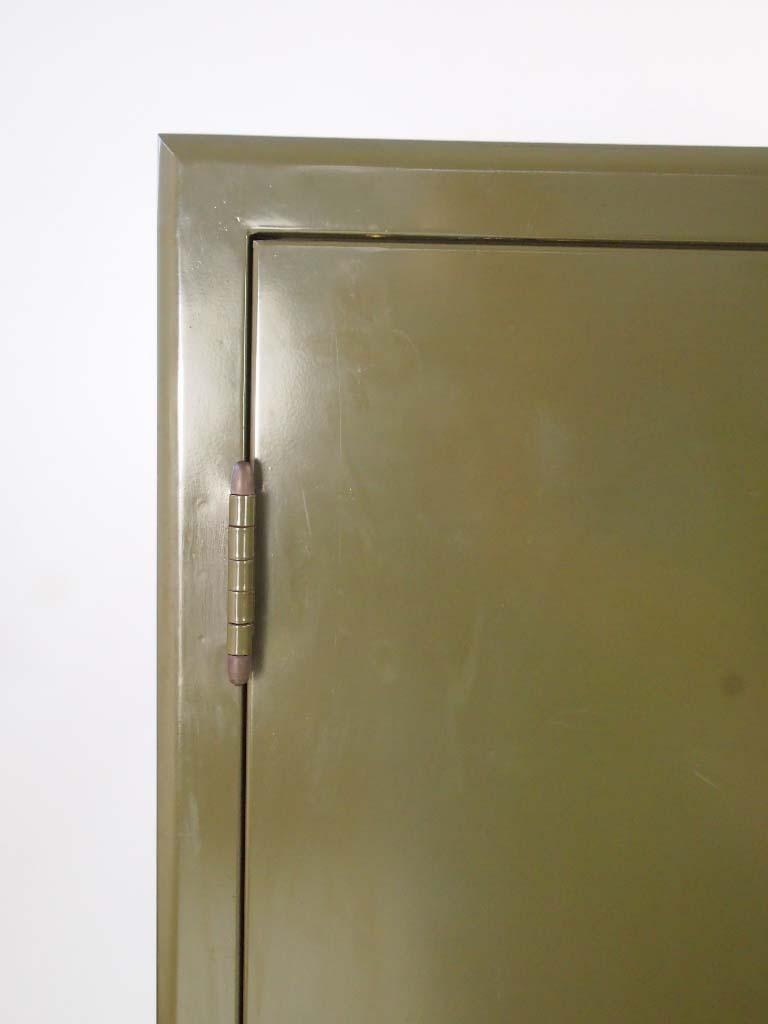 Adjustable Beds Reviews >> Vintage Industrial Metal Cabinet