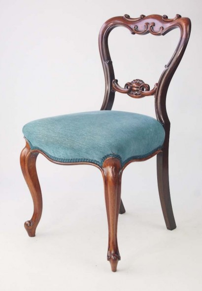 Victorian Rosewood Balloon Back Chair