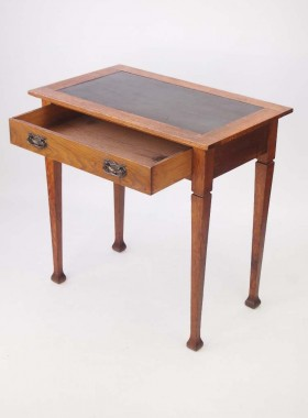 Edwardian Arts Crafts Oak Desk