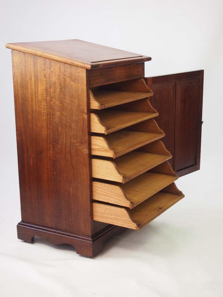 Small Edwardian Mahogany Clerks Desk Davenport