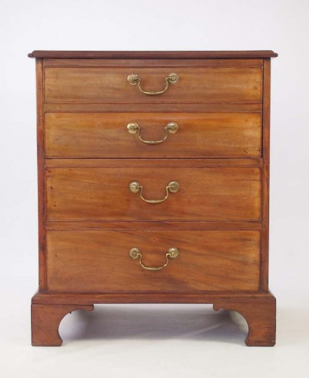 Georgian Mahogany Commode Chest