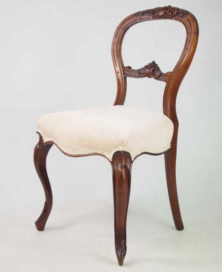 Antique Victorian Walnut Balloon Back Chair