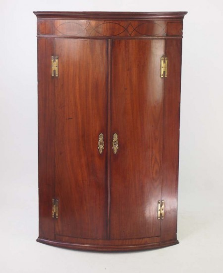 Antique Georgian Bow Fronted Mahogany Corner Cupboard