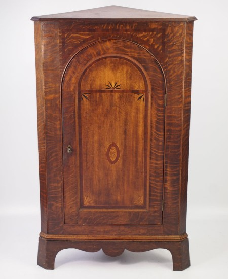 Georgian Oak Standing Corner Cupboard