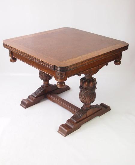 1920s Oak Extending Dining Table
