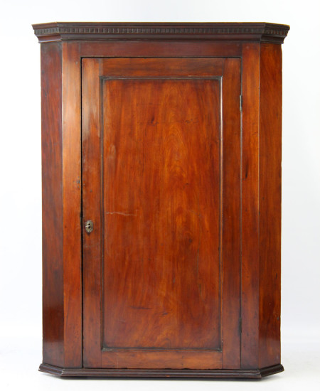 Large Georgian Mahogany Corner Cupboard