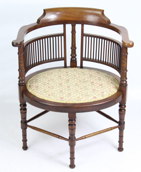 Wylie and Lochhead Arts Crafts Chair