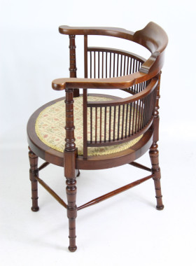 Wylie and Lochead Arts Crafts Chair
