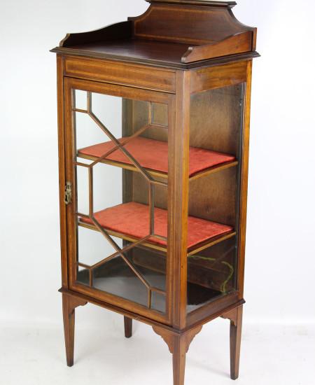 Edwardian Mahogany Inlaid Cabinet