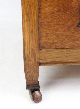 Arts Crafts Oak Chest