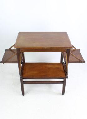 Edwardian Walnut Table