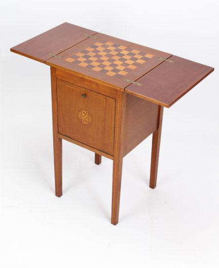 Edwardian Mahogany Inlaid Chess Top Table