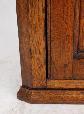 Small Georgian Oak Corner Cupboard
